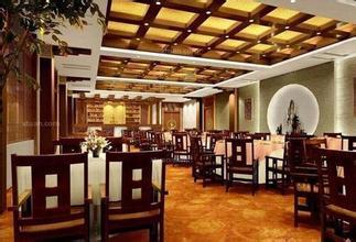 <b>西餐厅设计公司设计西餐厅的优势有哪些?</b>