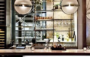 <b>小餐馆特色装修时一定要考虑到哪些方面?</b>