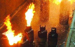 餐厅设计|餐厅煤气罐爆炸,墙壁被掀飞