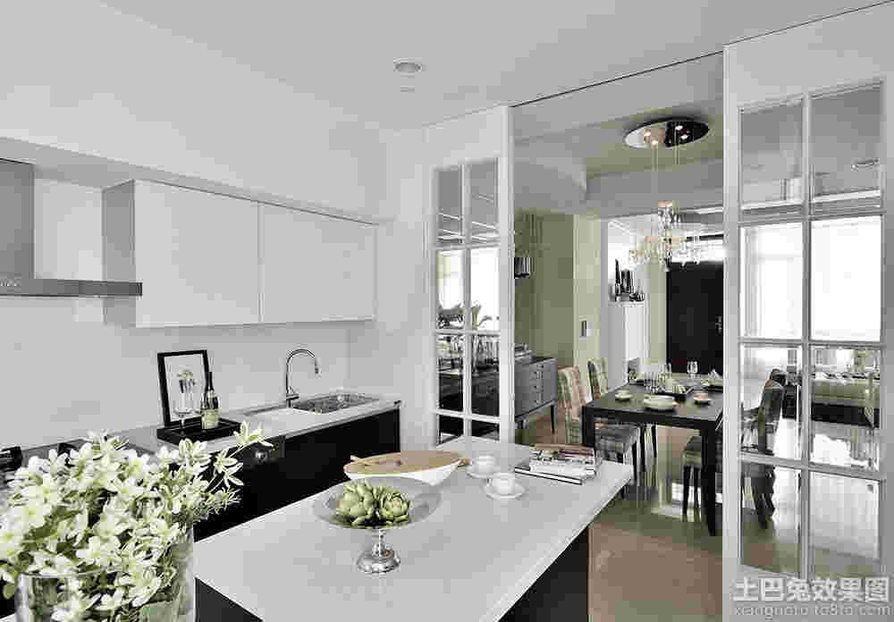 厨房与餐厅墙之间开窗连通装修效果图 客厅和厨房之间开窗户隔开样式设计图片